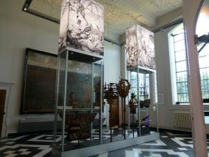 Выставка новых предметов обстановки идет во Фландрии
